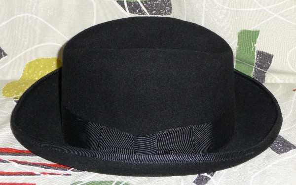 1950 s hat  4. Retro Black wool felt hat with black band and turned up  brim. 2.5